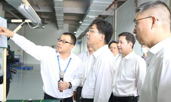 温州市委副书记、市长姚高员莅临合兴调研智能工厂项目