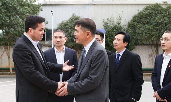 """乐清市委副书记、代市长徐建兵赴合兴 开展深化""""三服务""""活动"""